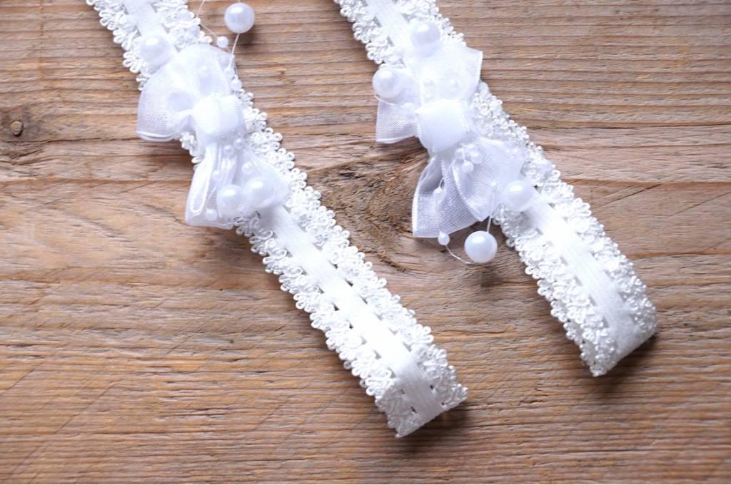 Witte babyhoofdbandjes (2)