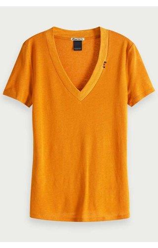 SCOTCH & SODA - Basic T-shirt met V-Hals Oker