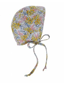 Briar Handmade Mutsje met bloemen - goldie