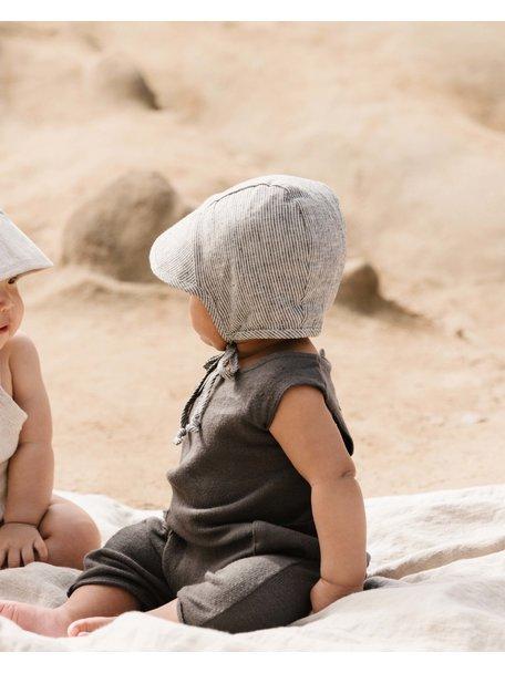 Briar Handmade Linnen bonnet met kapje - natural stripe