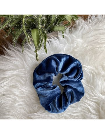 LOOK AT HER NOW - BLUE SCRUNCHIE