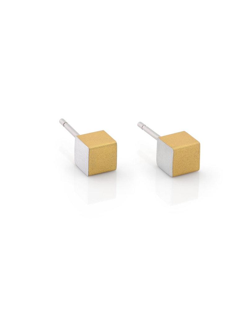 Clic Earring Gold - O28G