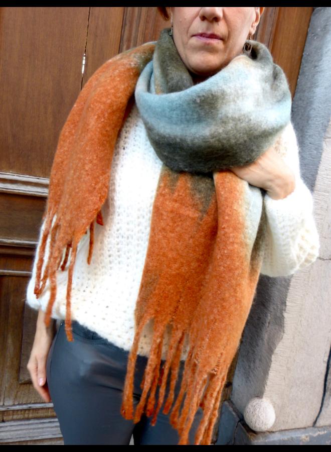 Wintersjaal in herfstkleuren