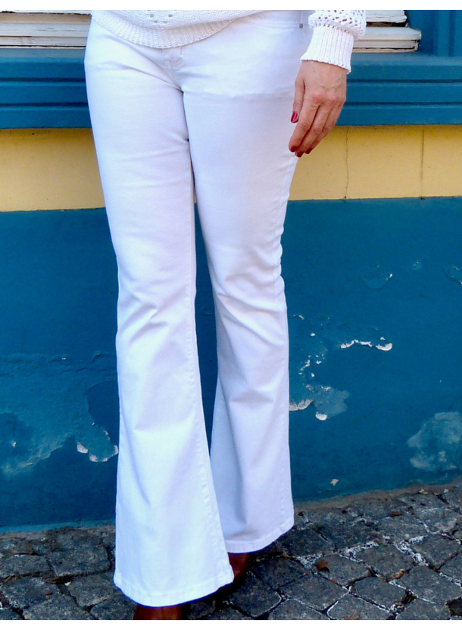 Jean blanc à jambes d'éléphant