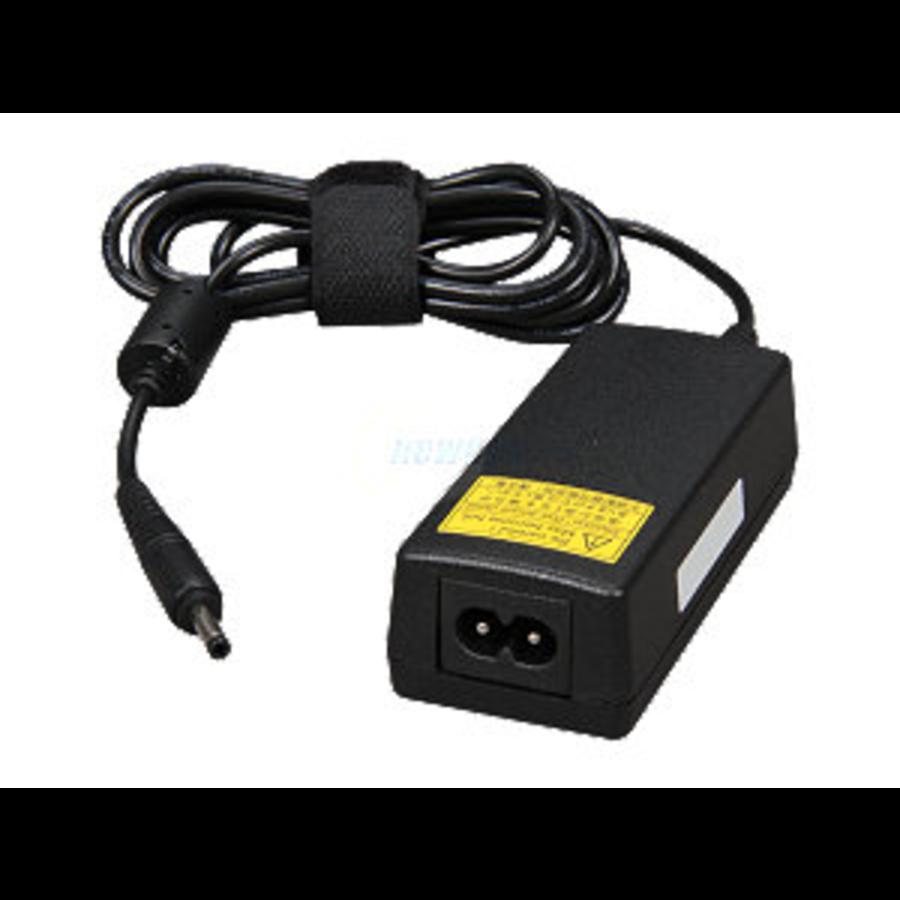 Toshiba adapter PA3922U-1ACA 30W 19V/1.58A (4.0 x 1.7mm)-2