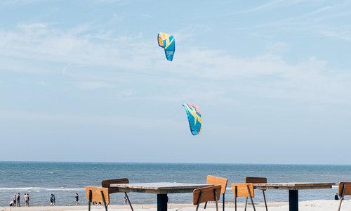 Hoe zitproof zijn de strandtenten van tegenwoordig?