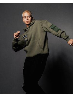Confirm hoodie pocketlabel - army