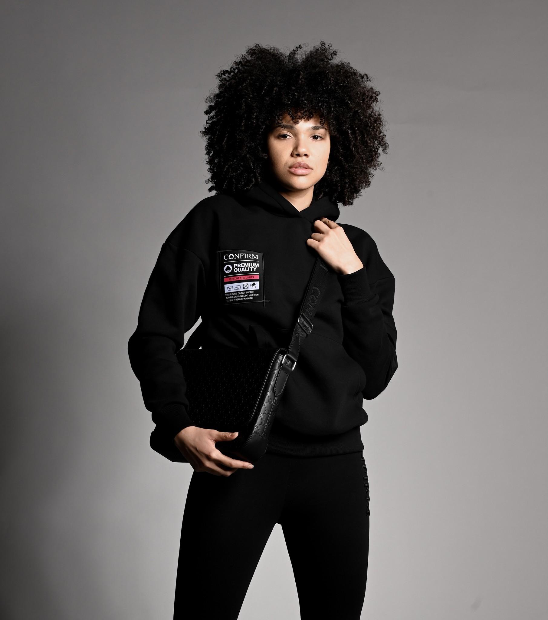 Confirm hoodie pocketlabel - black/pink-5