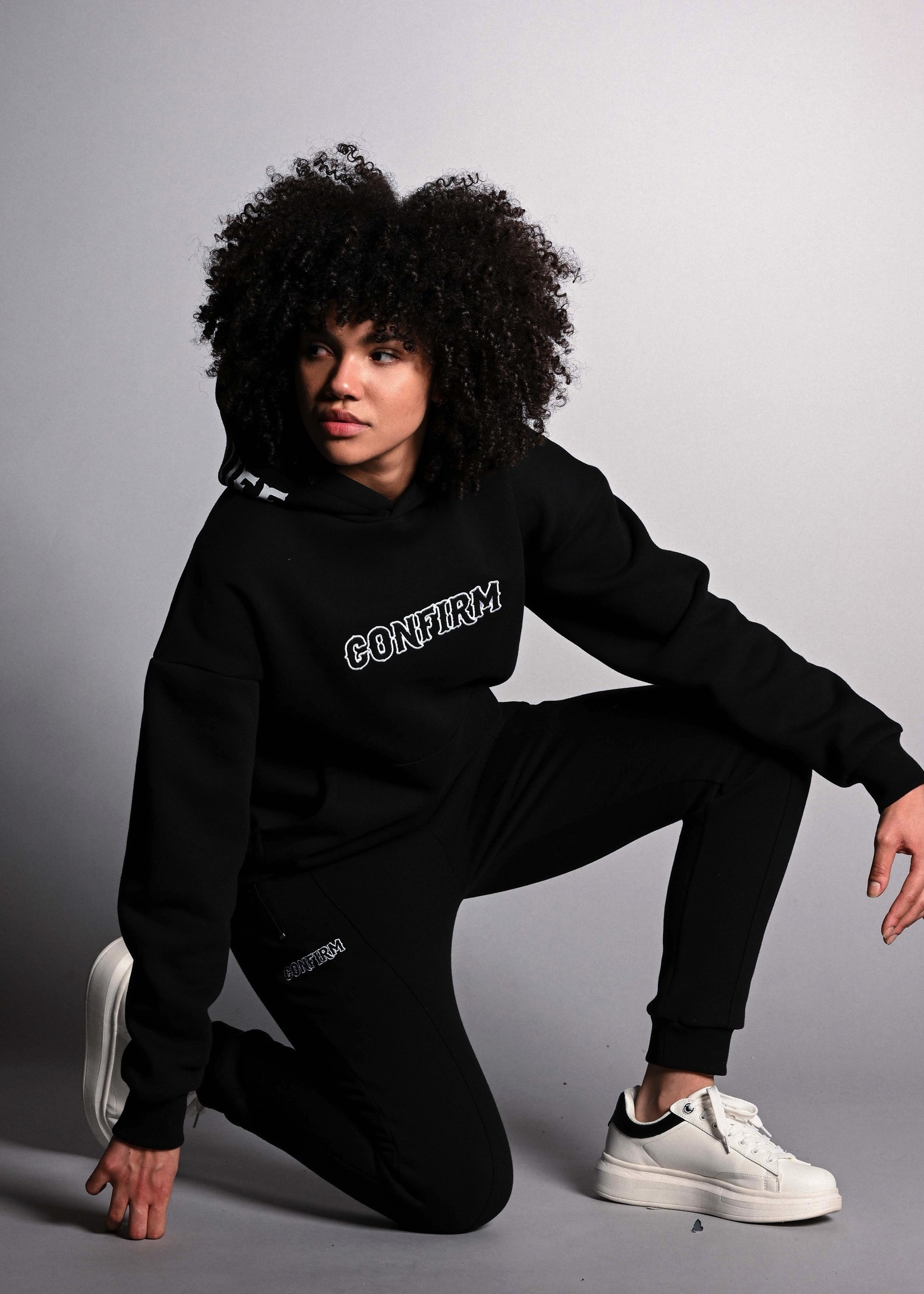 Confirm  hoodie Bandit  - black