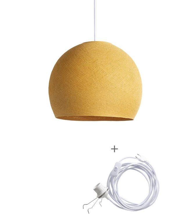 COTTON BALL LIGHTS Wandering Lamp Driekwart - Mustard