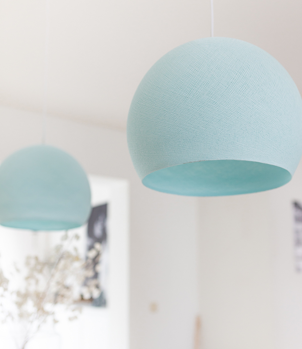 Cotton Ball Lights driekwart hanglamp licht blauw - Light Aqua