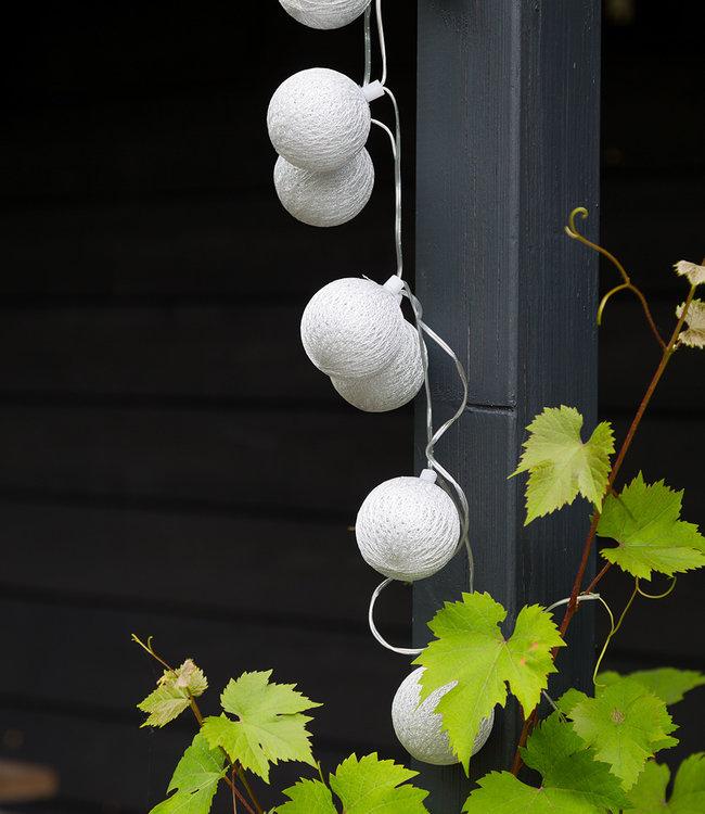 COTTON BALL LIGHTS Outdoor String Light - Plata