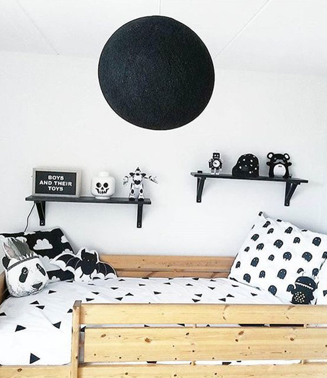 Inspiration   Kids Room   Black Hanging Lamp