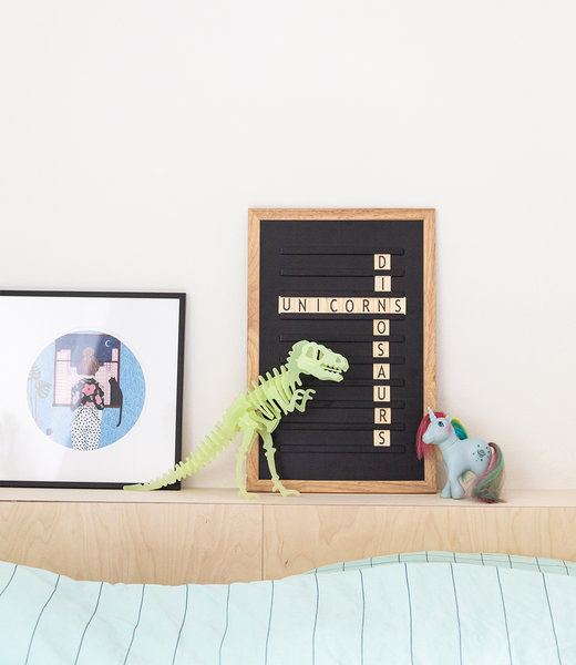 Inspiration | Kids Room | Black Oldschool Letter Board