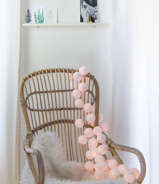 COTTON BALL LIGHTS Inspiratie | Woonkamer | Regular White Lichtslinger 3