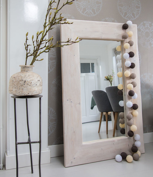 COTTON BALL LIGHTS Inspiratie | Woonkamer | Regular Taupe lichtslinger