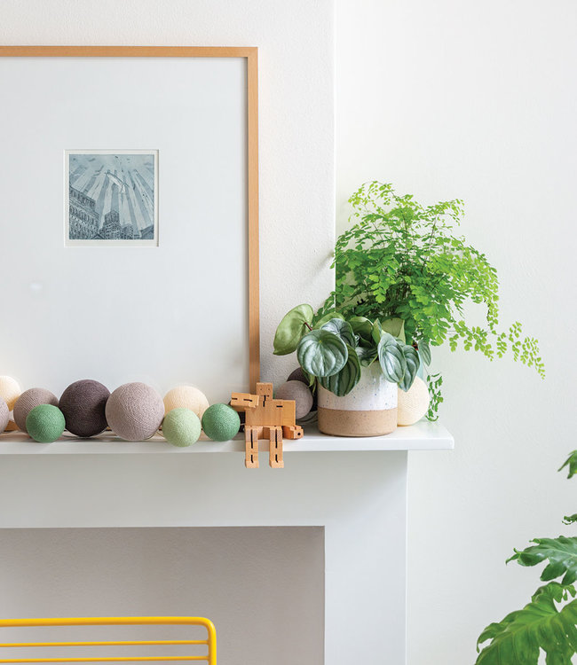 COTTON BALL LIGHTS Inspiration | Living Room | Premium Urban Greens 2