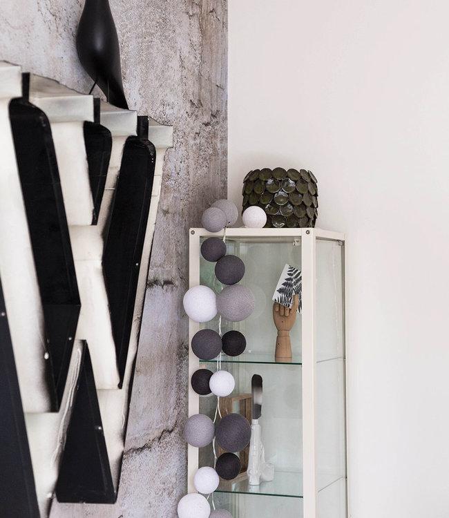 COTTON BALL LIGHTS Inspiratie | Woonkamer | Premium Strong Greys