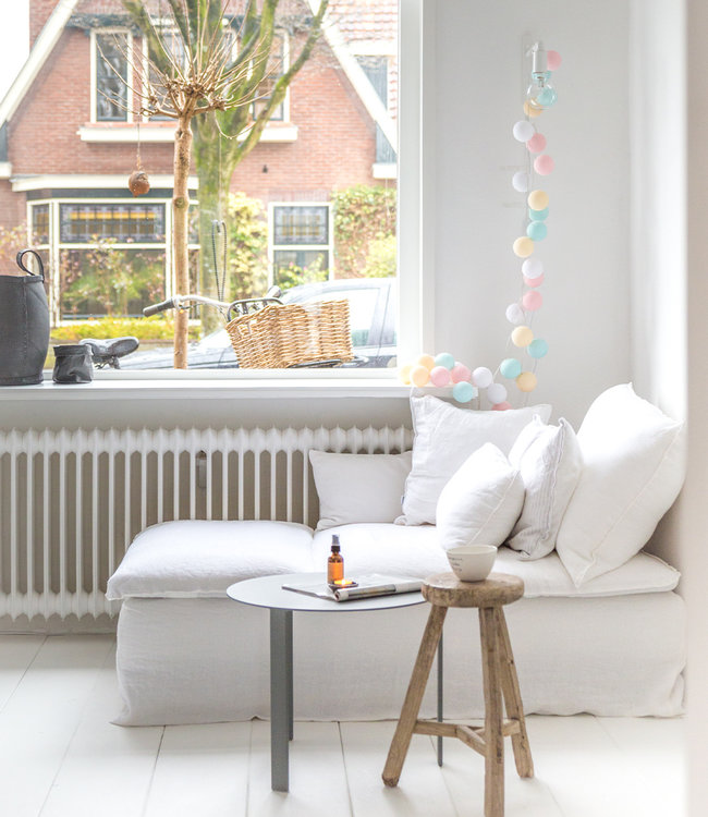 COTTON BALL LIGHTS Inspiratie | Woonkamer | Regular Pastel Lichtslinger