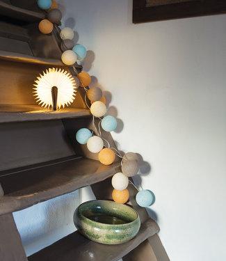 LEDR Inspiration | Living Room | Book Lamp Beach String Light
