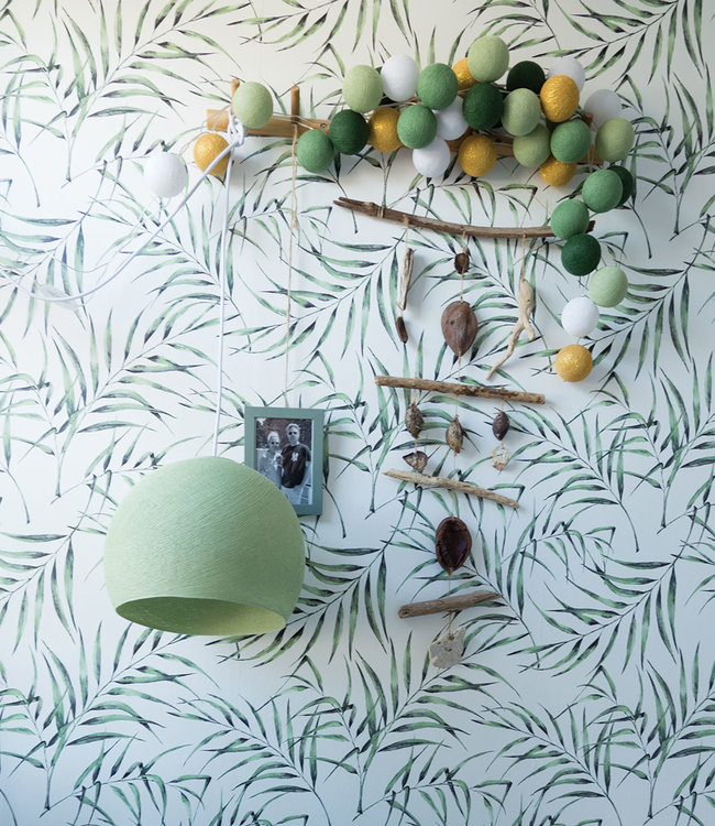 COTTON BALL LIGHTS Inspiratie | Woonkamer | Powder Green Driekwart Hanglamp Mix & Match Lichtslinger