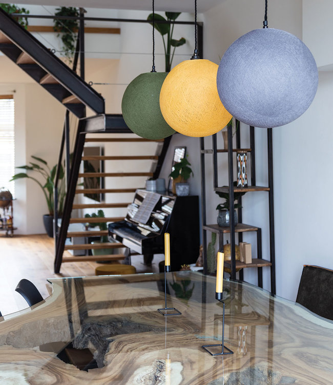 COTTON BALL LIGHTS Inspiratie | Woonkamer | Kaki Mustard Mid Grey Hanglamp