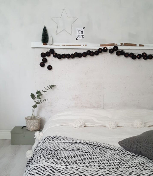 COTTON BALL LIGHTS Inspiratie | Slaapkamer | Regular Black Lichtslinger 3