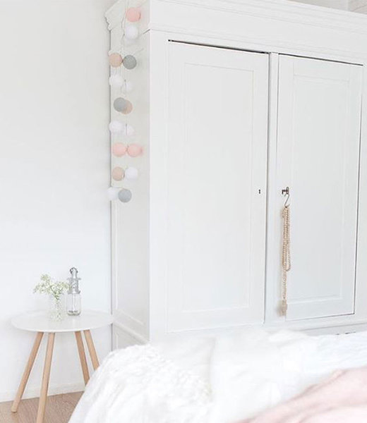 COTTON BALL LIGHTS Inspiratie | Slaapkamer | Mix & Match White Pink Stone