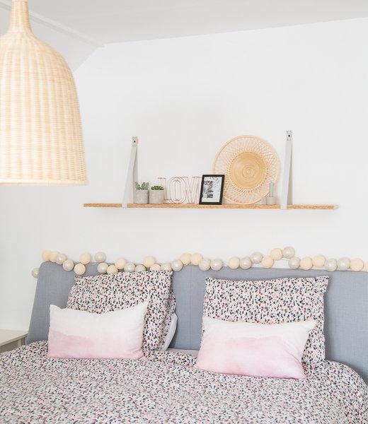 COTTON BALL LIGHTS Inspiration | Bedroom | Sparkling Shell Silver