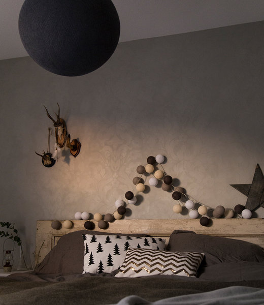 COTTON BALL LIGHTS Inspiration | Bedroom | Black Hanging Lamp Regular Taupe