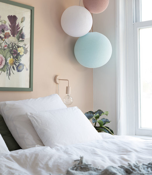 COTTON BALL LIGHTS Inspiratie | Slaapkamer | Triple Light Aqua White Pale Pink