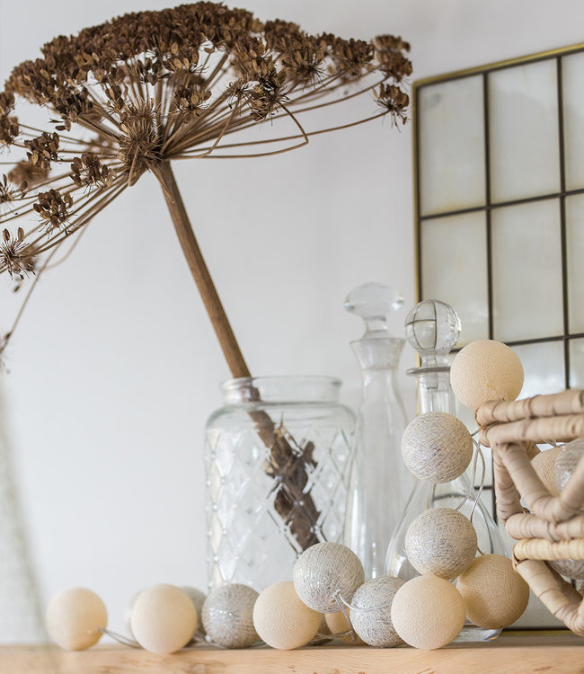 COTTON BALL LIGHTS Inspiration | Party | Sparkling String Light Shell Silver 2