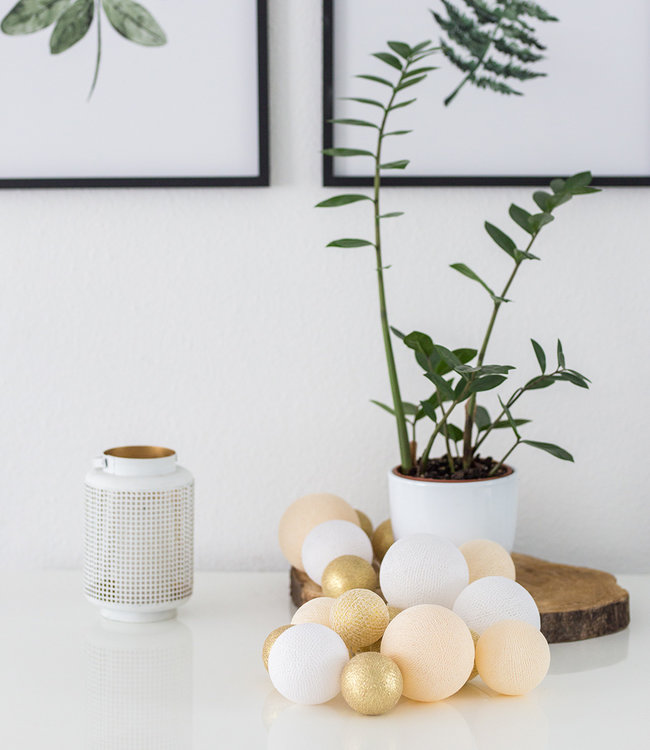 COTTON BALL LIGHTS Inspiratie | Feest | Premium Touch of Gold