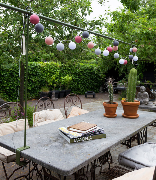 COTTON BALL LIGHTS Inspiration | Garten | Outdoor Cottonball String Light Viejo Rosa