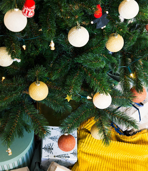 COTTON BALL LIGHTS Inspiratie   Kerst   Sparkling Gold Copper Christmas Cotton Ball 2