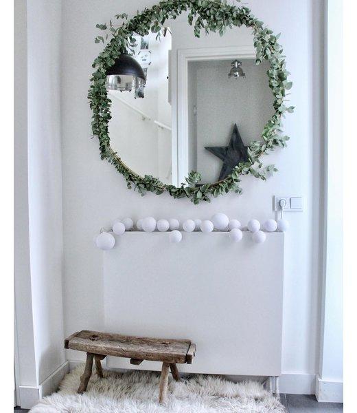 COTTON BALL LIGHTS Inspiration | Christmas | Premium Lichterkette Pure Whites (@wonen_bij_chantal)