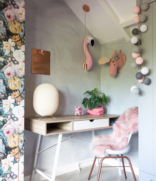 Inspiration | Kids Room | Regular Pink Grey String Light + Durian Shell