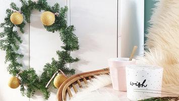 DIY Wreath with Christmas Cotton Ball Lights