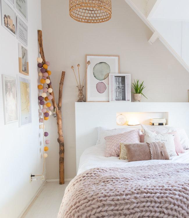 LEDR Inspiration | Bedroom | Book Lamp + Lichtslinger Adore