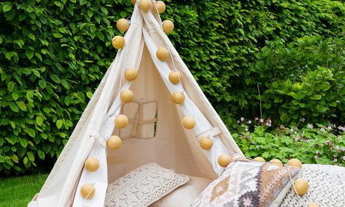 Sparkling Outdoor Cotton Balls