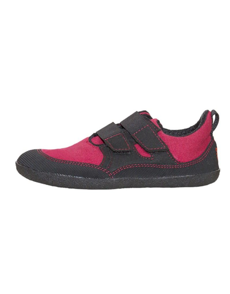 Sole Runners Puck Canvas Red/Black