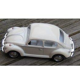 Volkswagen Beetle (1:64) - white