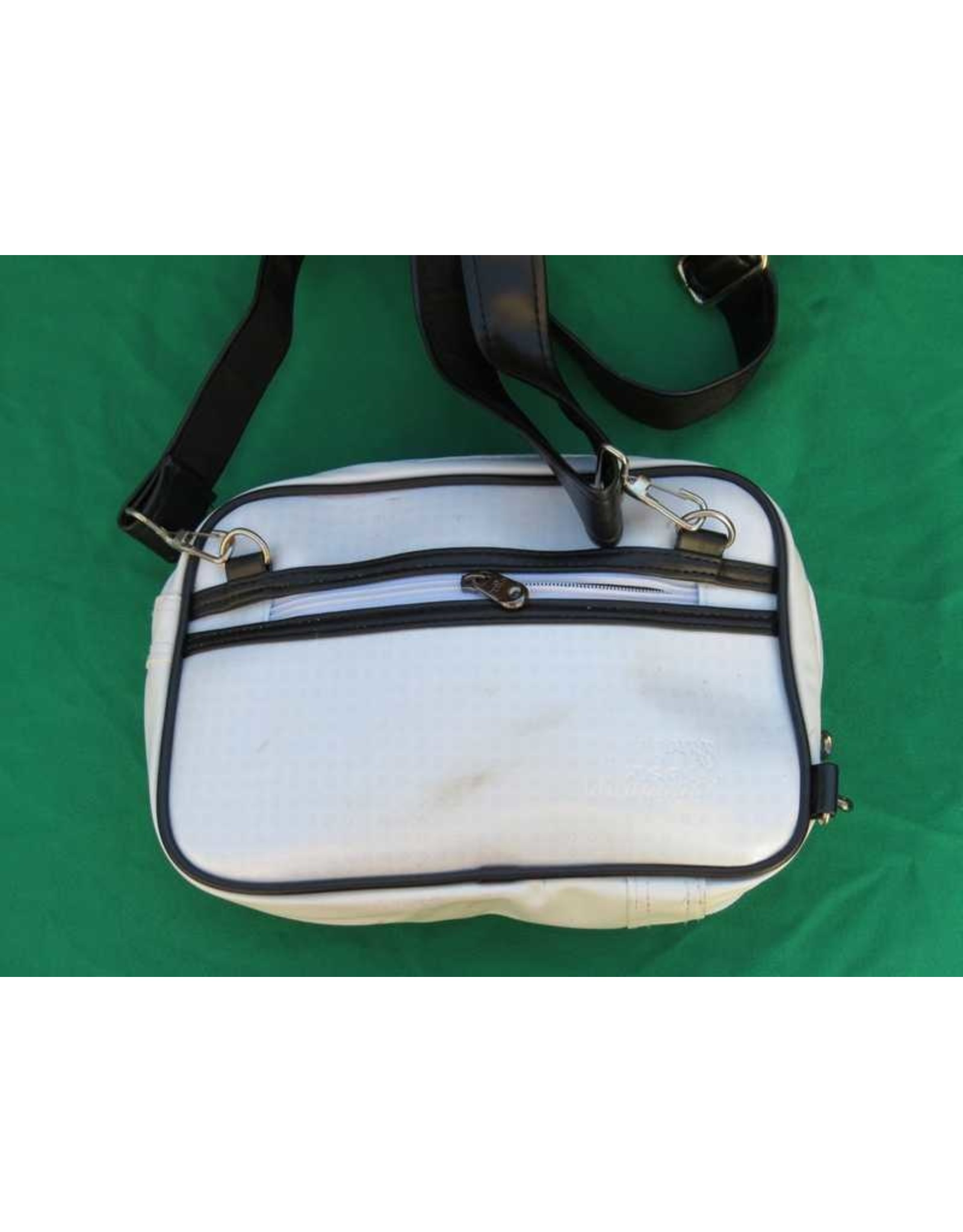 70s up small shoulder bag - white