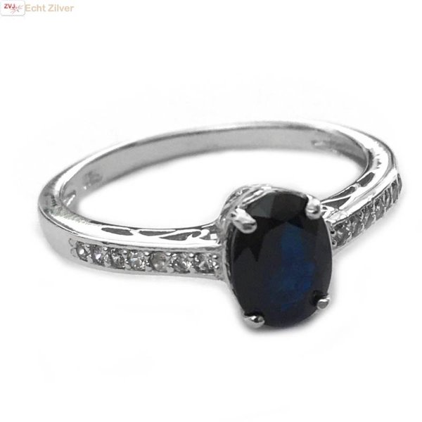 Zilveren 925 ring ingelegd met echt blauwe Saffier