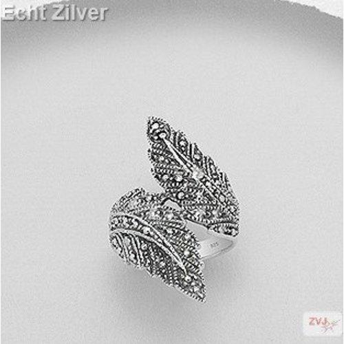 ZilverVoorJou Zilveren grote design marcasiet  blad ring