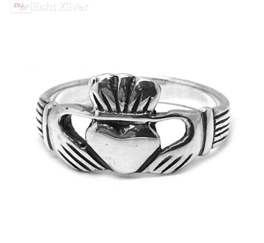 Zilveren 925 keltische claddagh ring