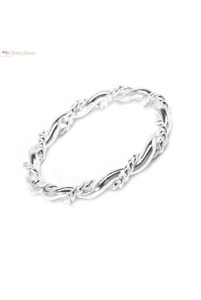 Zilveren smalle sierlijke gedraaide ring