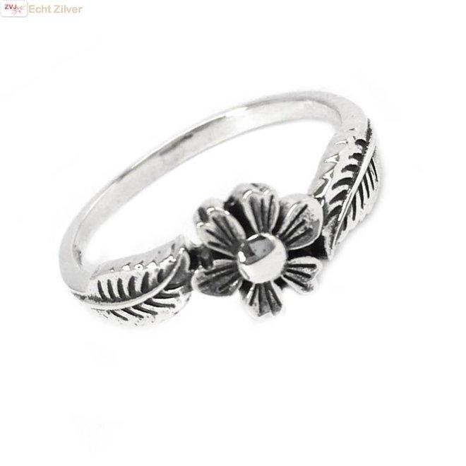 Zilveren ring bloem en blad