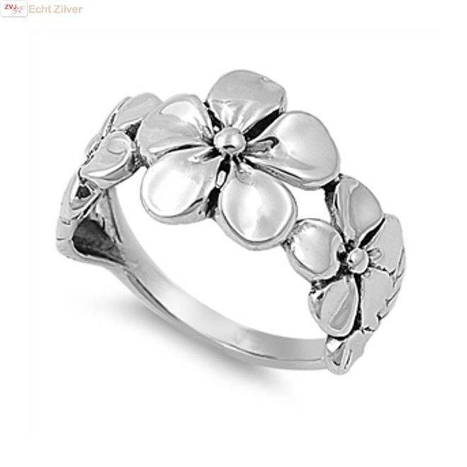 Zilveren bloemen plumeria ring