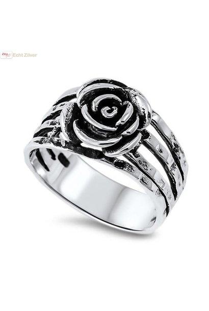 Zilveren gehamerde roos ring